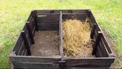 Cómo fabricar y usar una compostera casera para los sólidos de un baño seco